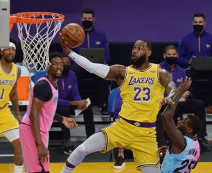 LeBron James Disappears in Second Half, Alex Caruso Can't Save Lakers in Loss to Heat
