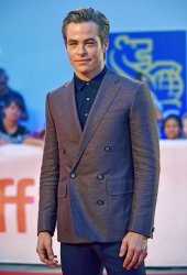 Chris Pine attends 'Outlaw King' premiere at Toronto Film Festival 2018