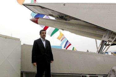 Iran launches missile destroyer Jamaran-2