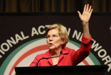 Senator Elizabeth Warren speaks at the National Action Network Convention in New York