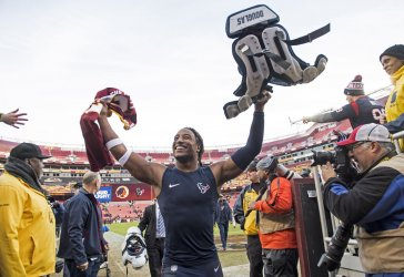 Texans' safety Justin Reid celebrates