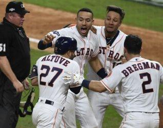 MVP Altuve hits walk off homer in ALCS in Houston