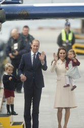 Duke and Duchess of Cambridge depart from Victoria on last day of 2016 Royal Tour