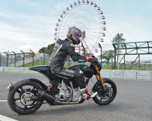 Keanu Reeves ride at Suzuka Circuit