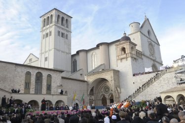Religious dignitaries meet outside San Francisco basilica during the interreligious in Assisi
