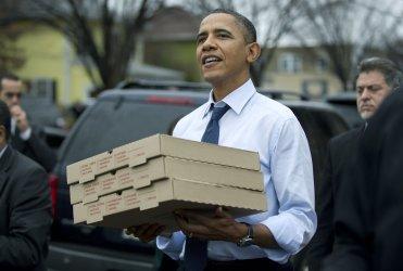 President Obama goes shopping in Alexandria, Virginia