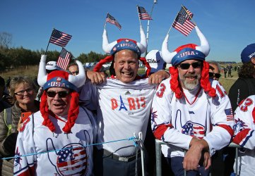 Fans watch the Team USA practice session at the Ryder Cup 2018