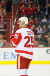 Detroit Red Wings Mike Green returns to Washington