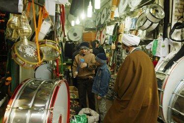 Shiite Muslims prepare for Ashoura in Tehran