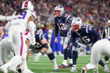 Patriots Brady against Bills