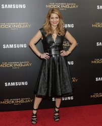 Candace Cameron at 'The Hunger Games Mockingjay Premiere