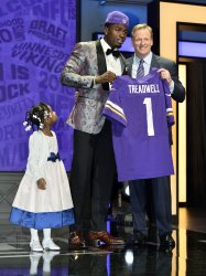 Minnesota Vikings select Laquon Treadwell at NFL Draft in Chicago