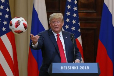 Trump and Putin give press conference in Helsinki