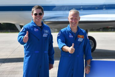 First NASA Crew Arrives at the Space Center