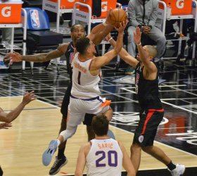Clippers Pull Away in Chippy Victory Over Streaking Suns