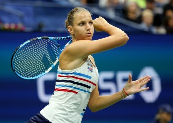 Karolina Pliskova hits a backhand at the US Open