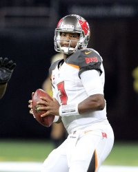 Buccaneers quarterback Jameis Winston throws against the Saints