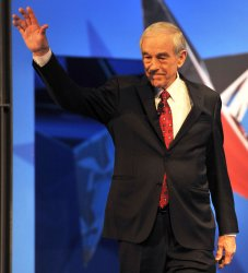 Ron Paul waves to crowd in Arizona