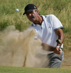 BALLESTEROS PLAYS FROM THE BUNKER