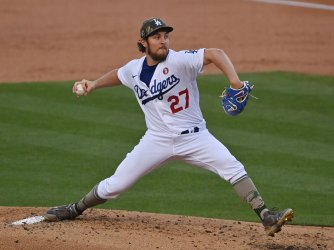 Trevor Bauer and Dodgers Dominate Marlins, But Lose Corey Seager to Injury