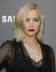 Jennifer Lawrence at 'The Hunger Games Mockingjay Premiere