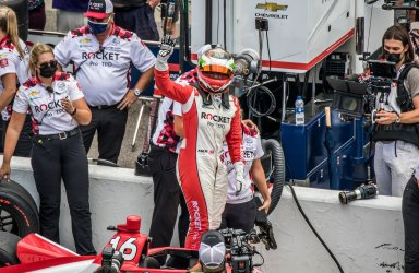 De Silvestro Survives Last Chance Qualifying for the  2021 Indianapolis 500