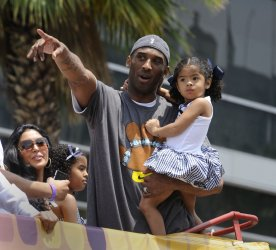 Lakers celebrate 15th NBA Championship with parade in Los Angeles