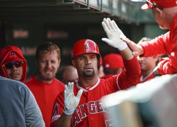 Angels Albert Pujols hits solo home run at Wrigley Field in Chicago