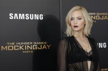 Jennifer Lawrence at 'The Hunger Games Mockingjay Premiere