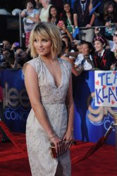 """Dianna Agron attends the premiere of """"Glee: The 3D Concert Movie"""" in Los Angeles"""