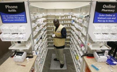 WAL-MART EXPANDS $4 PRESCRIPTION DRUG PLAN TO AN ADDITIONAL 14 STATES