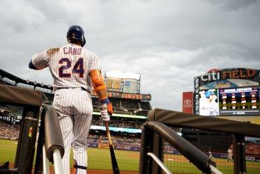 New York Mets Robinson Cano waits to bat