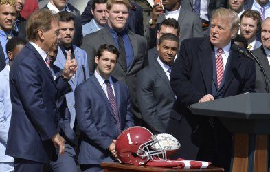 President Trump welcomes Crimson Tide National Champions to White House