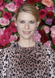Claire Danes arrives at the Tony Awards