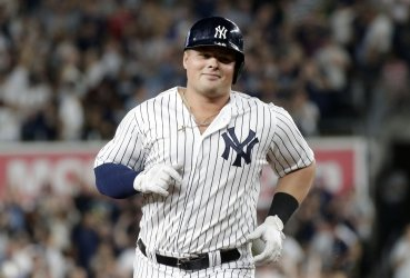 New York Yankees Luke Voit hits a solo home run