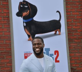 """Kevin Hart attends the """"Secret Life of Pets 2"""" premiere in Los Angeles"""