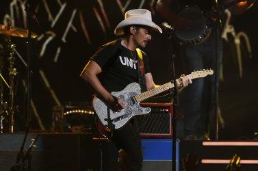 Brad Paisley perform at the 2017 CMA Awards in Nashville