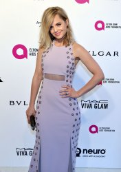 Mena Suvari attends the Elton John Aids Foundation Oscar viewing party