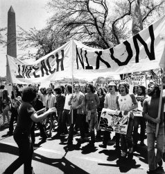 Demonstrators in Washington DC seek impeachment of Nixon
