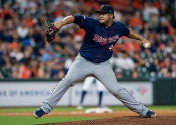 Twins relief pitcher Adalberto Mejia