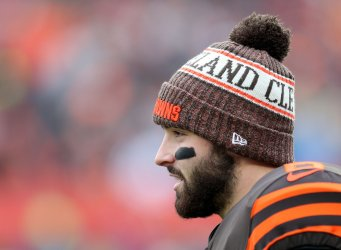 Browns Mayfield look on against Bengals