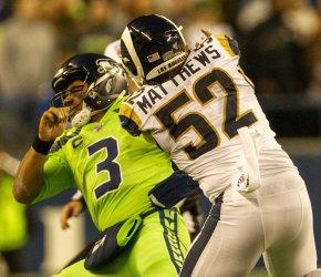 Seattle Seahawks beat the Los Angeles Rams 30-29 in Seattle