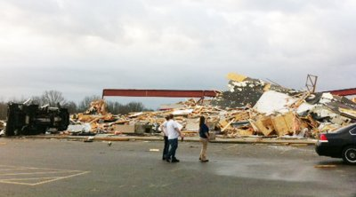 Tornados hit Missouri and Illinois