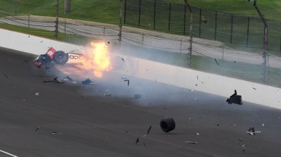Sebastien Bourdais slams turn 2 wall during Qualifications for 101st Indianapolis 500