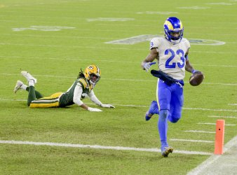 Los Angeles Rams vs Green Bay Packers in Green Bay