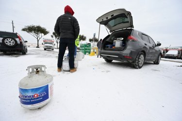 Record cold weather, power failures cripple Texas
