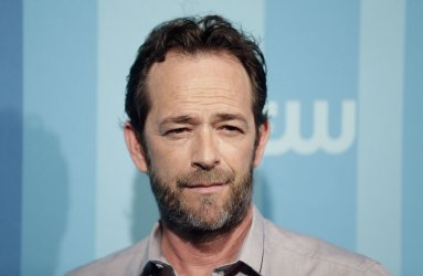 Luke Perry arrives at the 2017 CW Upfron