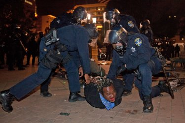 Police make arrests following general strike in Oakland, Calfornia