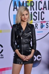 Selena Gomez attends the annual 2017 American Music Awards in Los Angeles