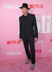 """Dylan McDermott arrives at """"The Politician"""" Premiere"""